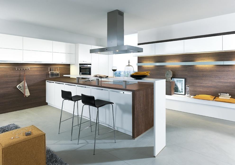 Küchen, Küchenbeispiele, Einbauküchen, Küchenenrichtung